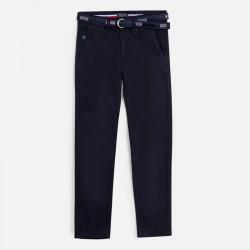 Pantaloni cu curea asortata...