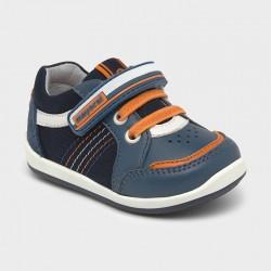 Pantofi premergatori bebe...