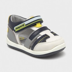 Sandale premergatori